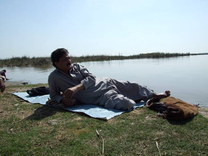 Hasan on the shore